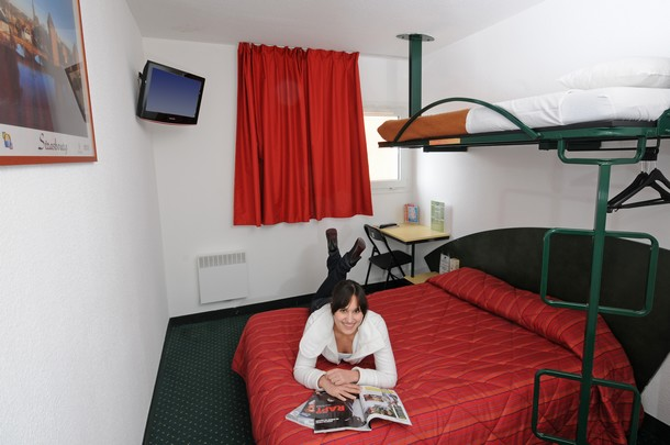 appart hotel strasbourg pas cher awesome javascript is required to view this map with appart. Black Bedroom Furniture Sets. Home Design Ideas